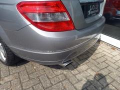 Mercedes-benz-200-4