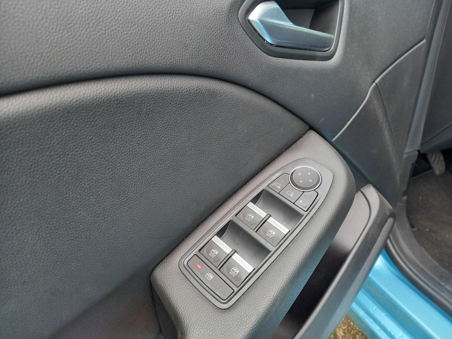 Renault-Clio-10